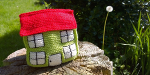 knitted_house